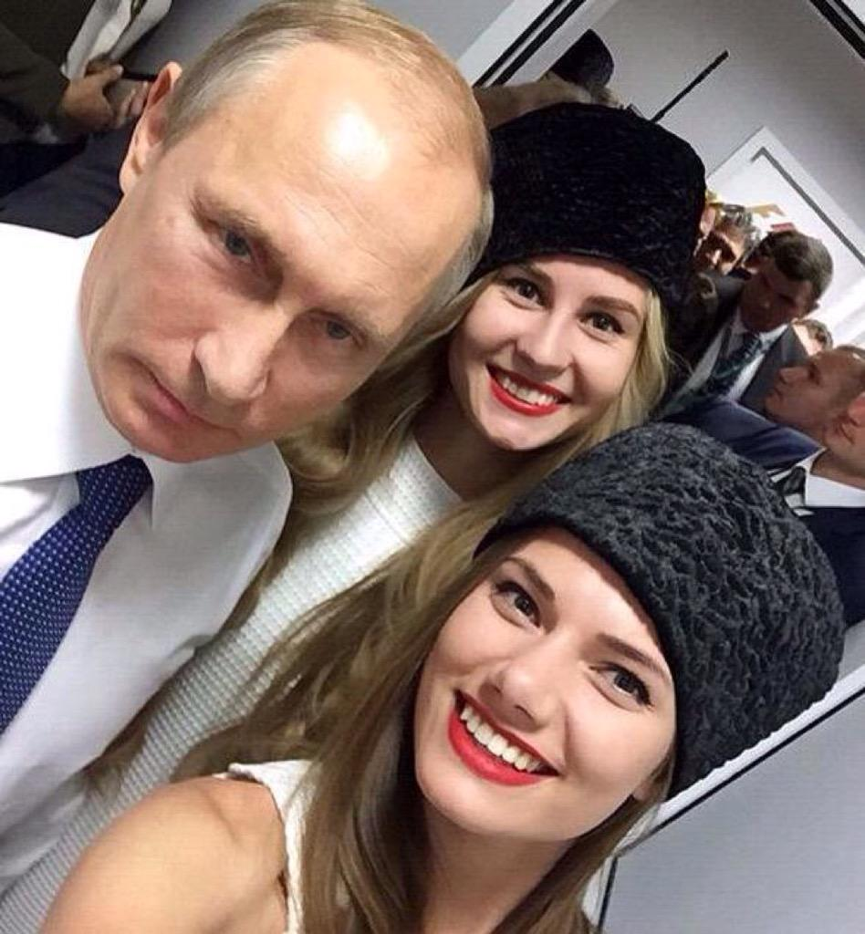 Vladimir Putin Thread - Page 7 CREIEacWUAAODDx