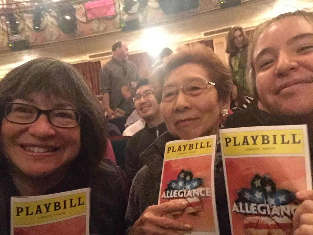 Dear @allegiancebway my dad was a 442 vet. I took my 89 yr old auntie & my daughter to show today. We all cried. http://t.co/sAu5G2ktQM