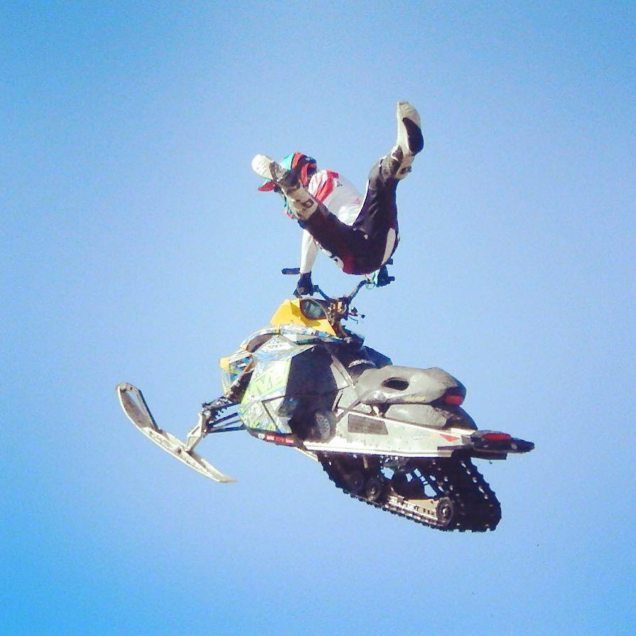 #Snowmobile Foto: By Instagram victoriaaaax http://t.co/x3yejAGSYu @ravexmotorsports #ravexmotorsports #ravex #sn… http://t.co/UCnaA09pm1