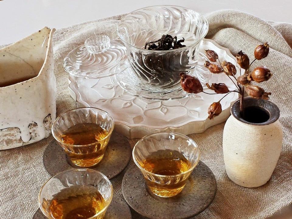 『台湾茶をたのしむうつわ展』- 終 - 11月28日~12月5日 会場:水道ギャラリー  二年振り三回目の「台湾茶をたのしむうつわ展」今回が最後の開催になります。 イベントページ:https://t.co/uLa9t7z053 http://t.co/0BpfHULhvj
