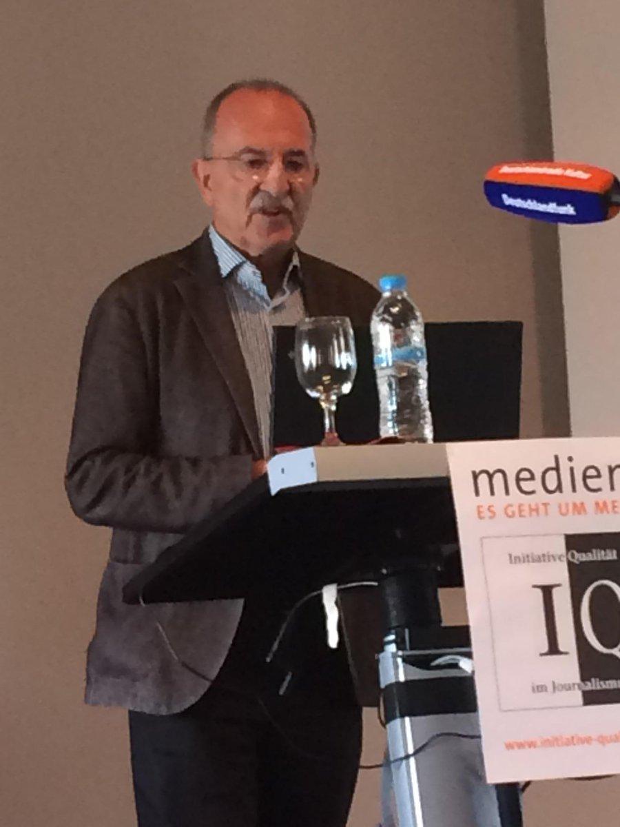 Stefan Russ-Mohl ist skeptisch, dass Stiftungen echtes Interesse an Journalismusförderung haben #iqf15 http://t.co/Um70d0gjOl