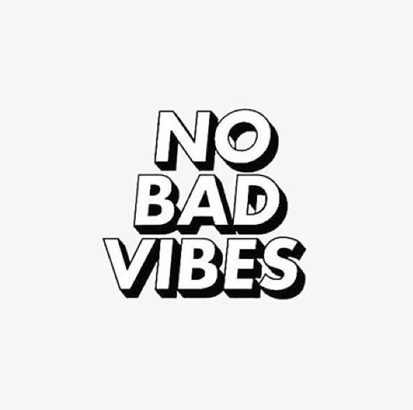 Happy Monday 😜#FeelTheVibe