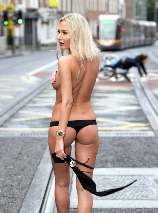 Bikini Tops Off 21