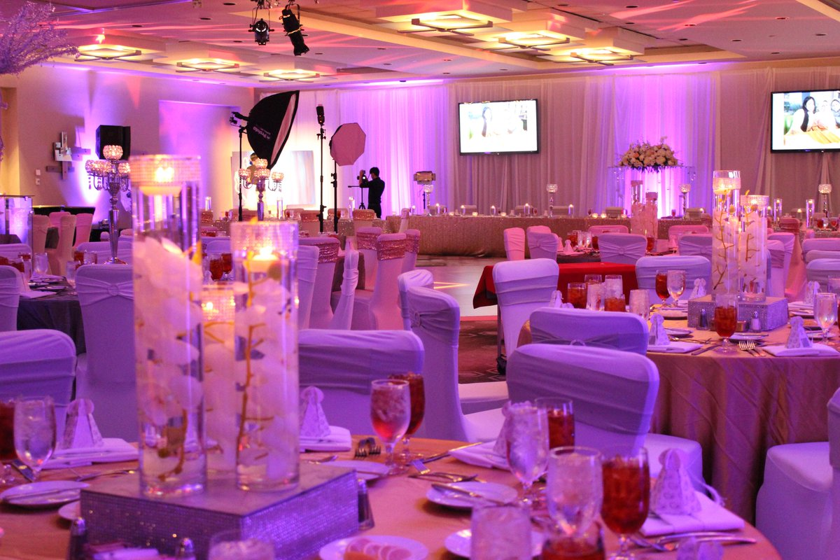 Hotel Derek On Twitter Another Beautiful Wedding Reception Took Place This Weekend Wish A Lifetime Of Hiness To Mr And Mrs Azmat Shah
