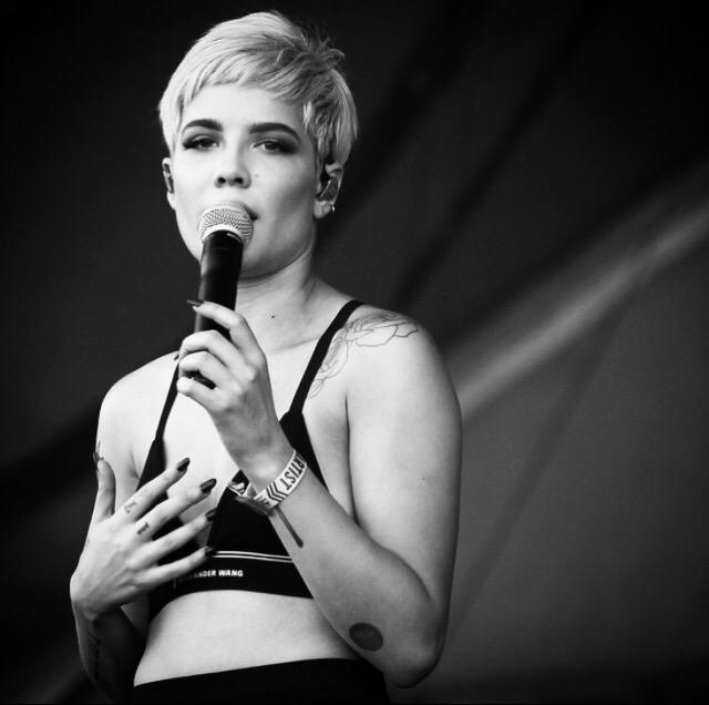 Fell in ❤️ with @halsey at @aclfestival #ACLFest #aclfestival @CanonUSApro http://t.co/5nSCEB7EMt