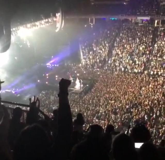Katy Perry >> The Prismatic World Tour - Página 9 CRK0YQ4VAAAvAzW