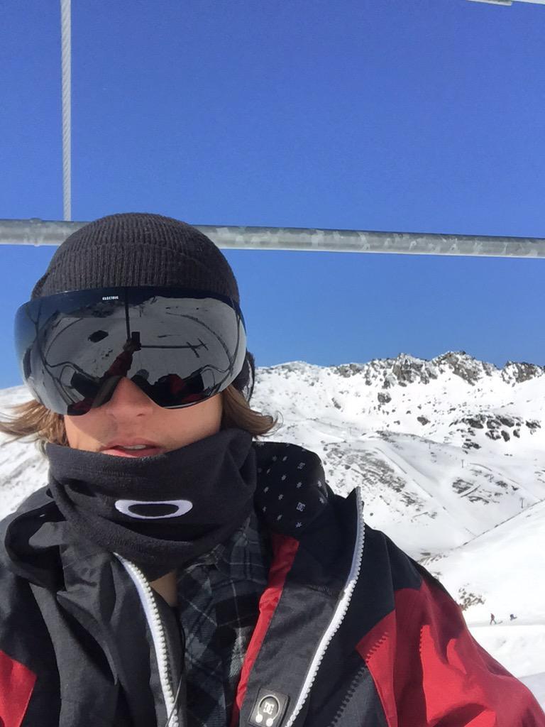 See ya winter #snow #snowboarding #itsgonepic.twitter.com/bHEoTSZX2J