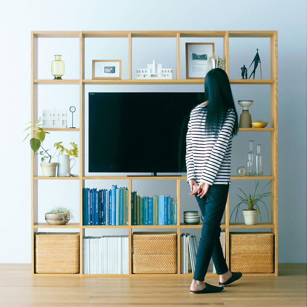 【Compact Life】 スタッキングシェルフ - AVラックとして使うオープン型のパーツを組み合わせれば、テレビもすっきり収まる壁面収納になり  ...