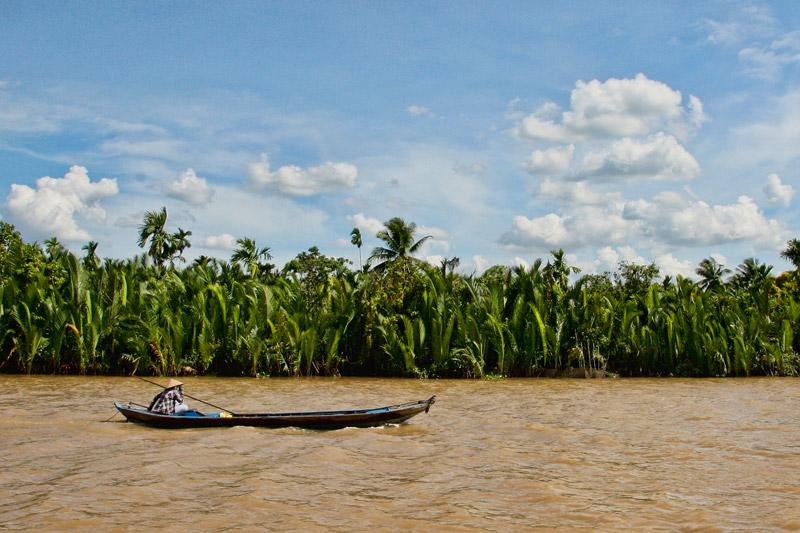 Want to #escape from #HCMC? You should check out this article about #MekongDelta: http://t.co/MV3nRrXb1m http://t.co/RsRGOM9mWP
