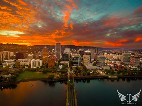 Aerial photo of epic sunset in Portland, Oregon last night! (Photo Credit: @clifford_paguio) #PDX #PDXNOW http://t.co/8cuSNtdifc