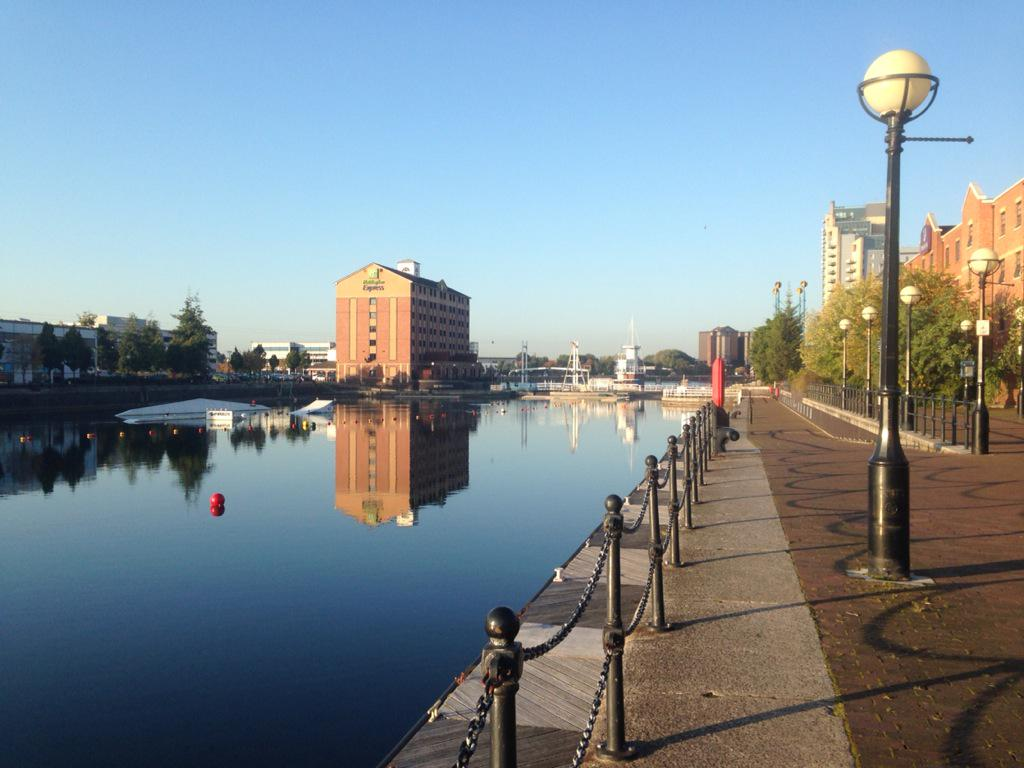 It's a rather lovely autumnal morning as we amble over for the start of #DCDC15. http://t.co/7TJPTa5dTk