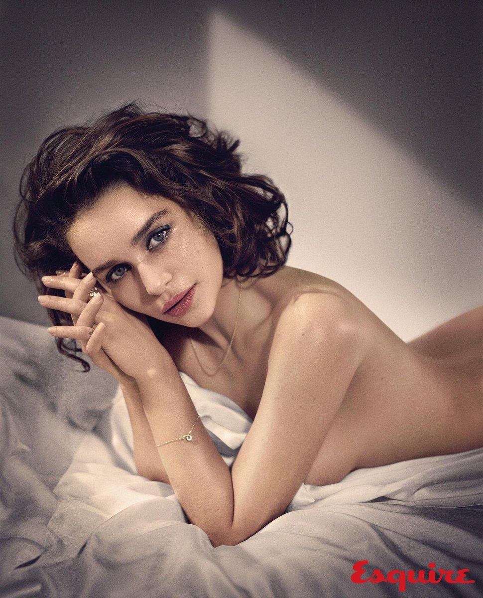 """Cinebits on Twitter: """"A revista Squire elegeu Emilia Clarke, a ..."""