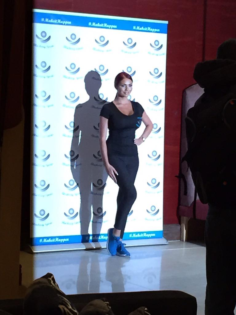 RT @Child_PR: The gorgeous @MissAmyChilds for the #BlueberrySports event at @HotelCourthouse #AmyChilds #LoveLondon http://t.co/4nYrhwaffH