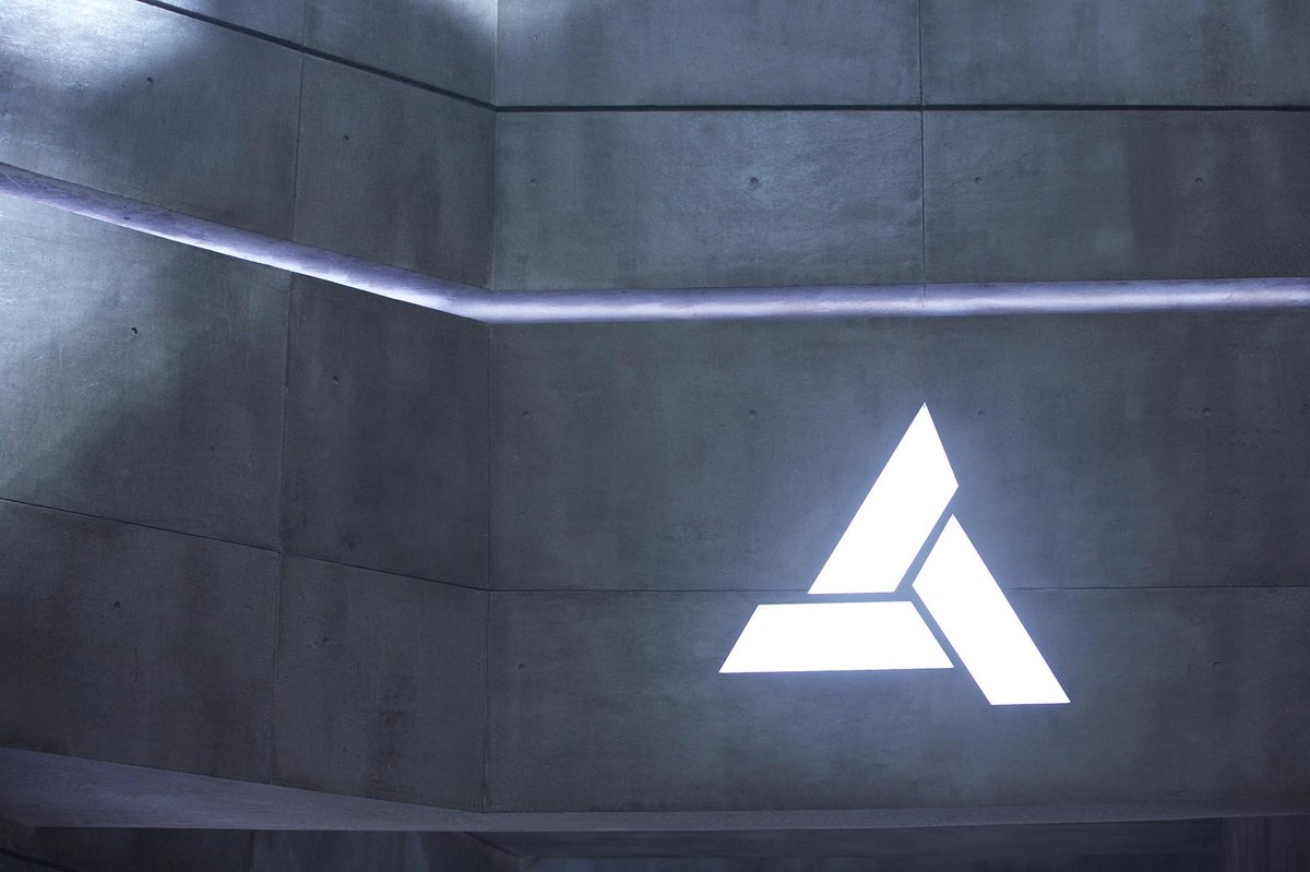 Assassin's Creed Movie Begins Production, First On-Set Image Released - GameSpot