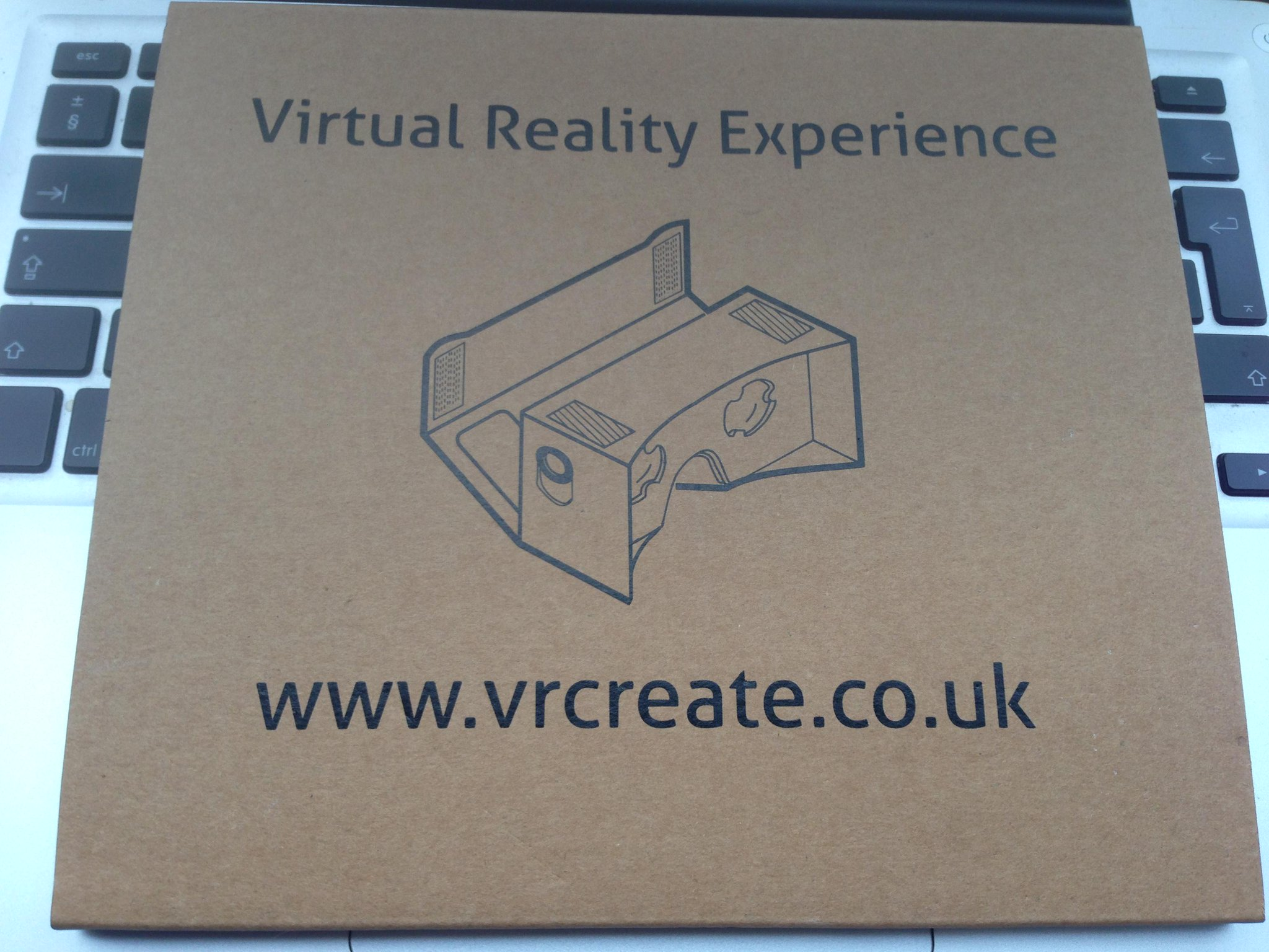 Got a little techy pressie for the BR team to play with from #adtechlondon and @VRCreate... VR headsets at the ready! http://t.co/m6qzruzeiH