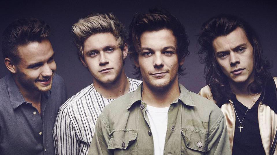 Congratulations to @onedirection on their #AMA nominations! #AMAs http://t.co/8SymHzRSIM http://t.co/ovCp9rfdVa
