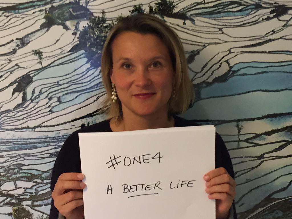 What are YOU for? Download http://t.co/QQJLQXRHbh @Imaginedragons and bring humanitarian aid to refugees #one4 http://t.co/6puGFf4xhe
