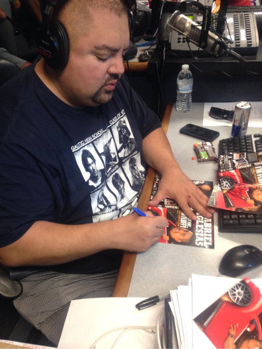 Do you LOVE @fluffyguy? You can win a signed copy of #StandUpRevolution w/@Channel933 LISTEN… http://t.co/dvWQFT5q5Q http://t.co/SyLUbHFQnv