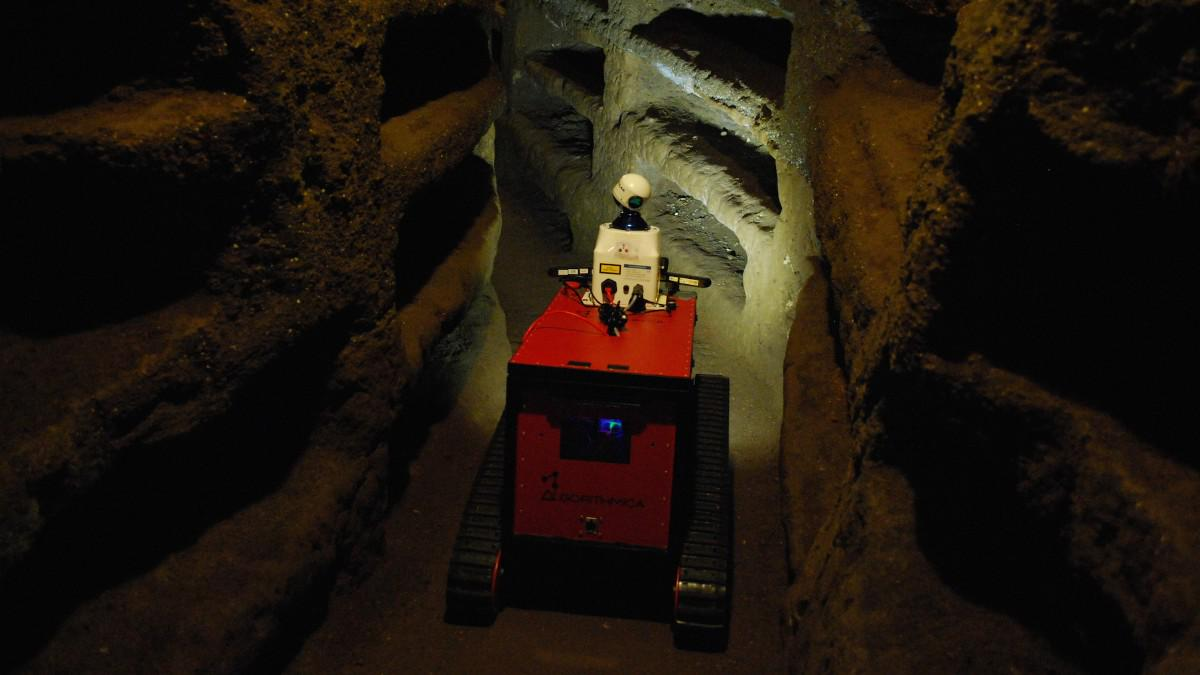 #Archaeology #Robots will explore where no human can: http://t.co/ZsVgKyXzrf #RobotEye #3D #LiDAR @RovinaProject http://t.co/WDCg8DF5Vr