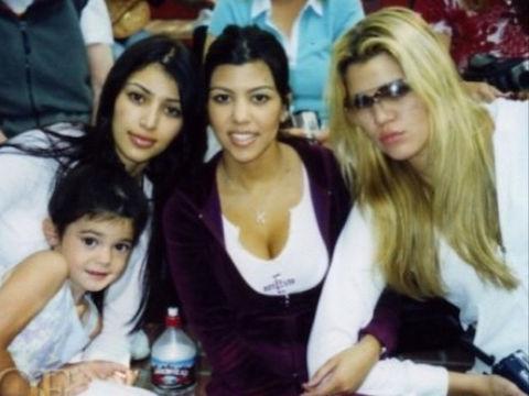 30 amazing throwback photos of the Kardashians http://t.co/1eSjcIMNHq http://t.co/c6H71mW8d1