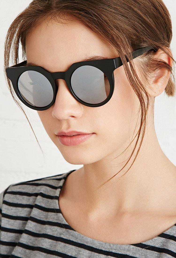 Go modern with these sleek pair of round sunnies http://t.co/aTdXkQk3zV #F21Accessories http://t.co/hZpFod3UkP