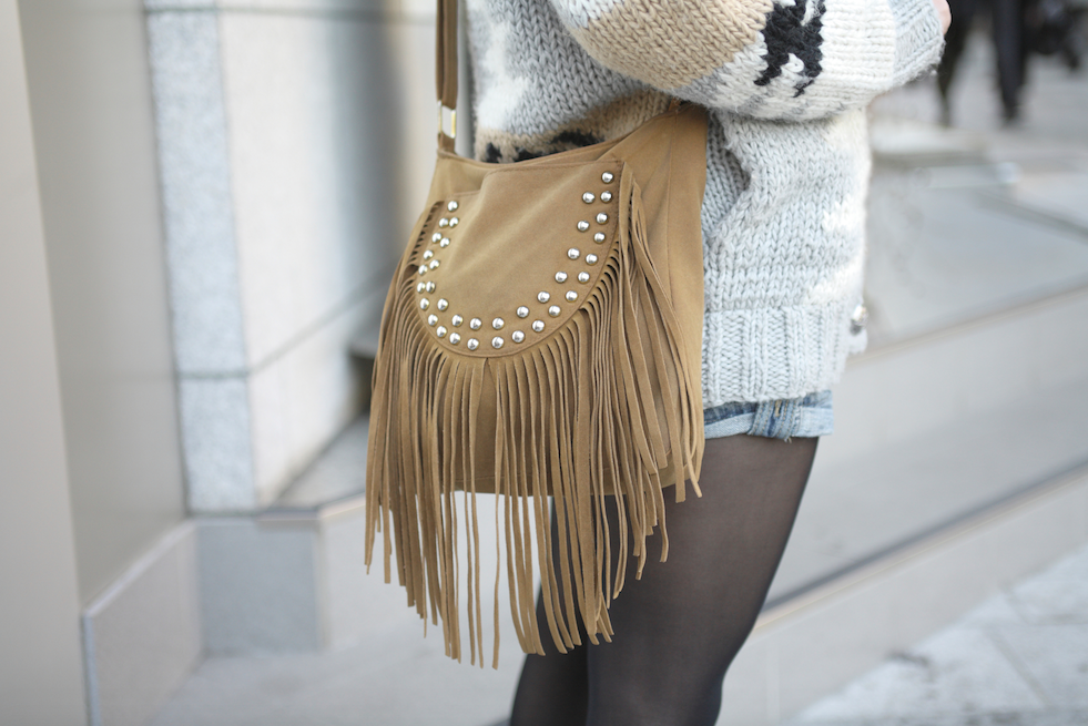 Style alert! Fall is HERE and fringe is IN: http://t.co/015WRZzCcf http://t.co/StVHC1E7q6