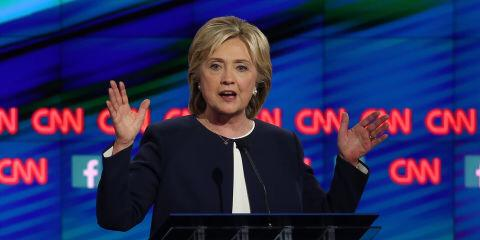 .@HillaryClinton slams GOP for interfering with women's right to choose: http://t.co/80CjiRHFQa #DemDebate http://t.co/5EygxgiMR4