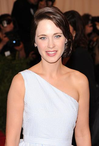 I believe I wouldn't recognise Clark Kent as Superman because I can't recognise Zooey Deschanel without bangs http://t.co/8pucjGrBCm