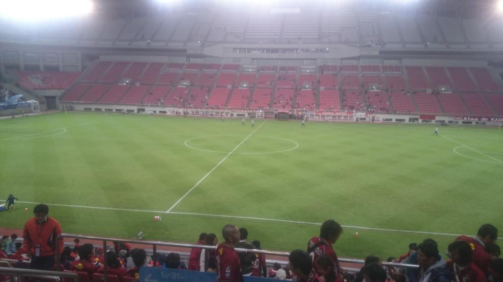 久しぶりに水戸の試合見に来ました(*^^*) http://t.co/LG6ZgFkeFl