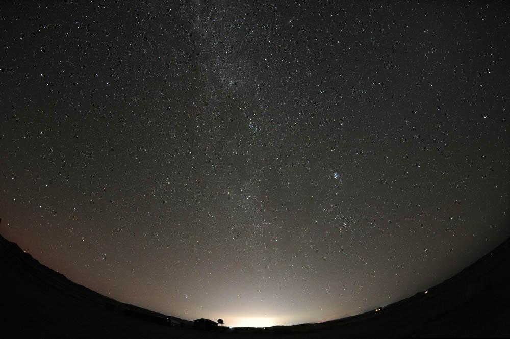 しかし東はウランバートルの明るがすざましい。75km離れていてもこの明るさ。 pic.twitter.com/EN08imQ0UI