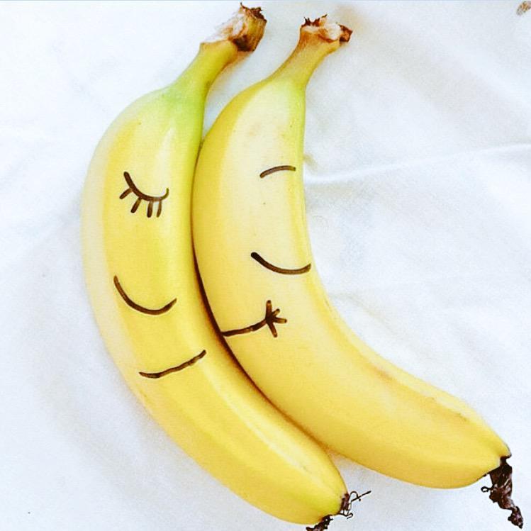 люблю бананы прикольные картинки них были представлены