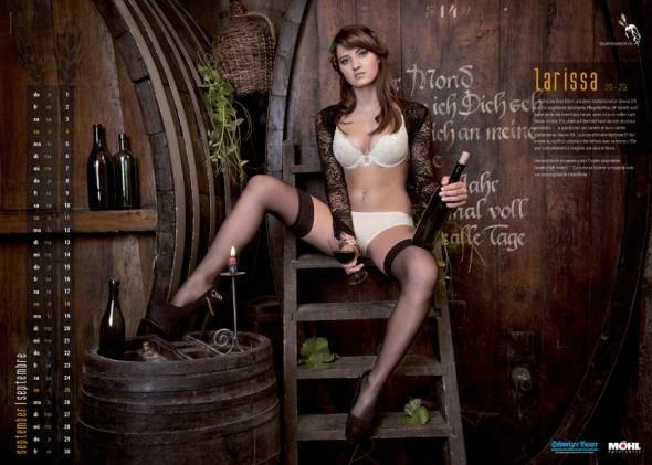Calendario Gq.Calendario Sexy Delle Contadine Svizzere Mezze Nude Gq