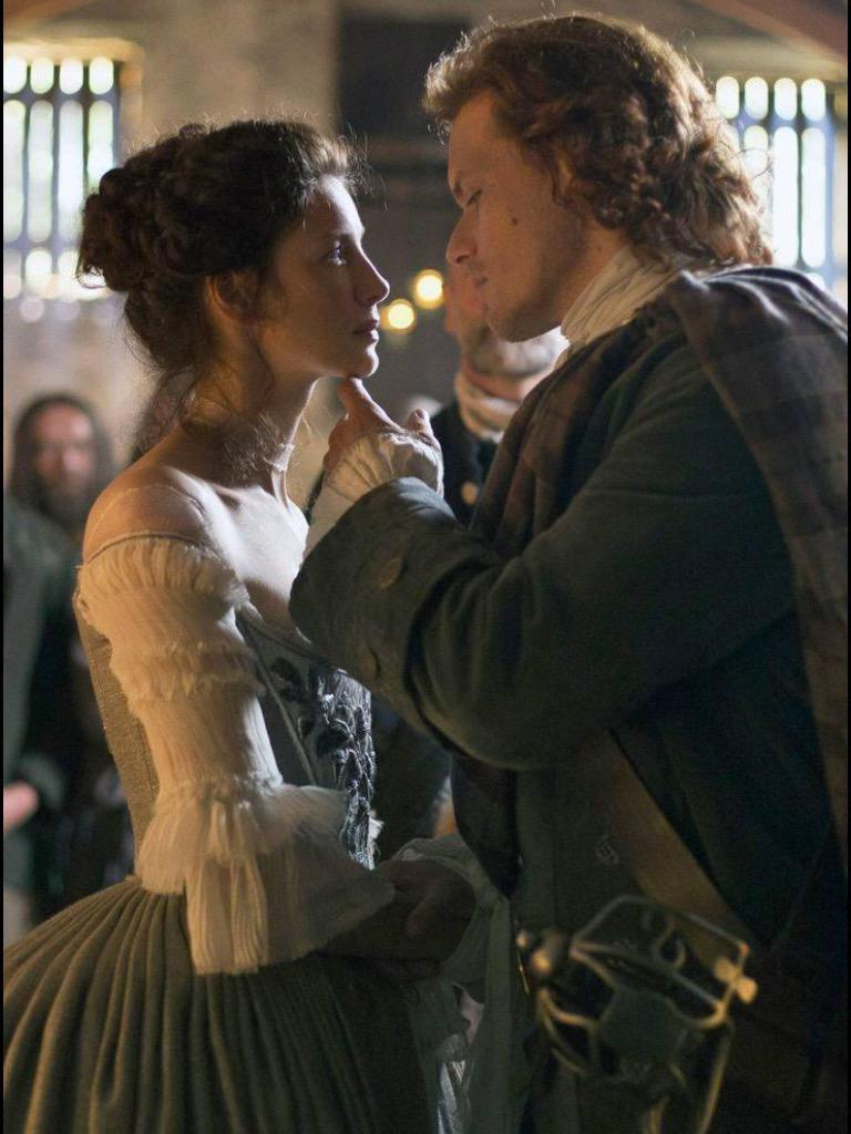 Vote for #Outlander Vote for Sam & Cait! Let's do this!!  http://t.co/CdaaDA59Y1 http://t.co/SJW3nbwYSf