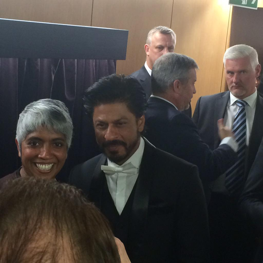To Edinburgh Uni to see Shah Rukh Khan awarded an honorary doctorate. Note Princess Anne's security in background... http://t.co/vIqIiZvDyL
