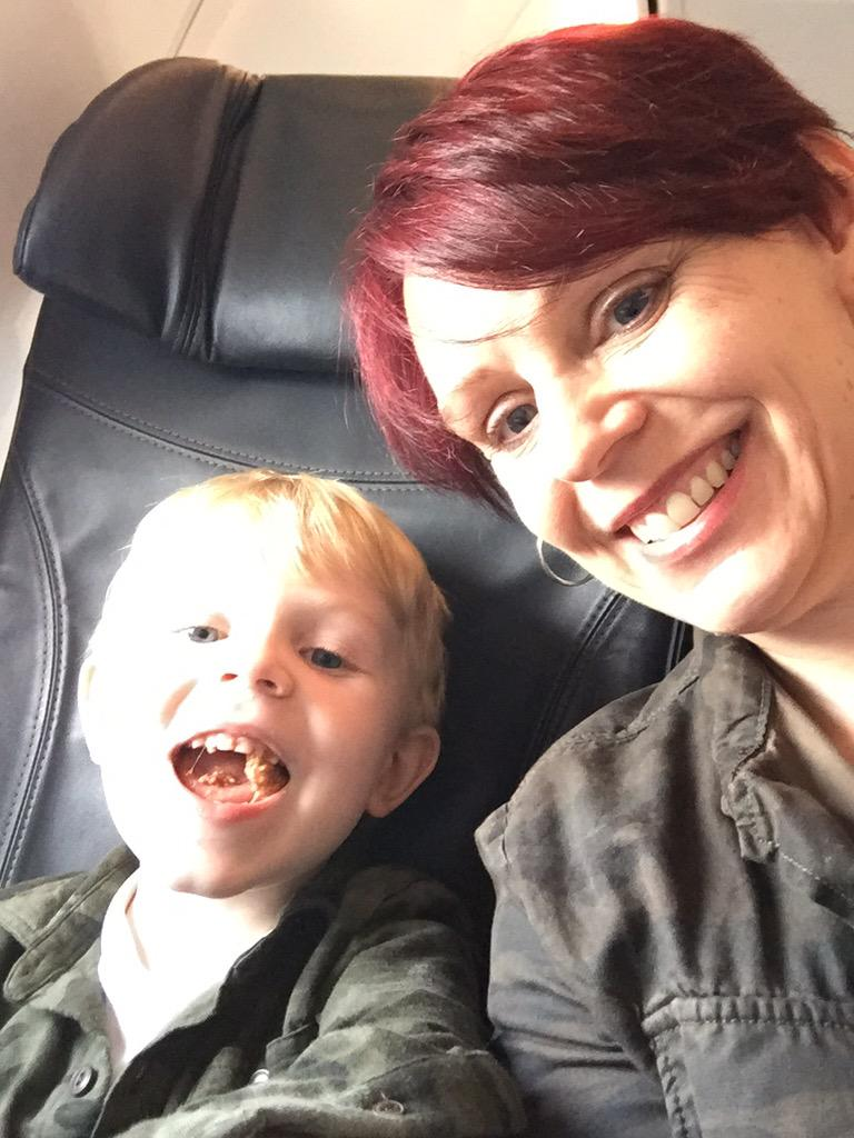 On the plane heading to #dlrn15.  (Don't worry, I'm not bringing the crazy kid to the sessions). http://t.co/Fyh5d2Lnyy