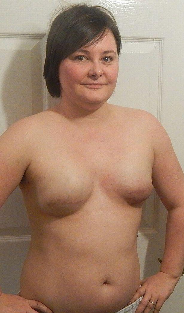 Young mum naked The
