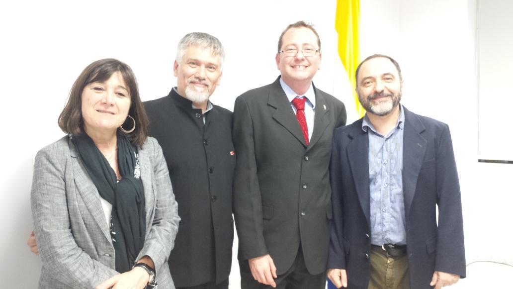 @UNQoficial @uvquilmes @Bimodalidad ha sido admitida oficialmente en @AULA_CAVILA http://t.co/pbxY8A3Bp7