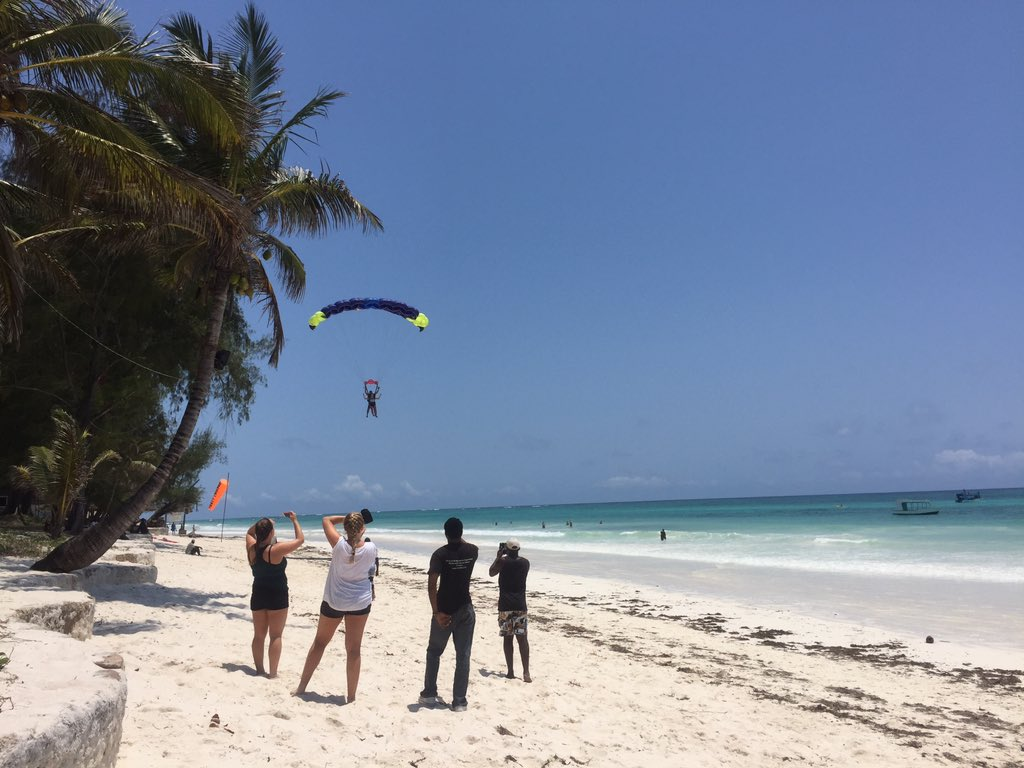 SKY DIVE DIANI BEACH