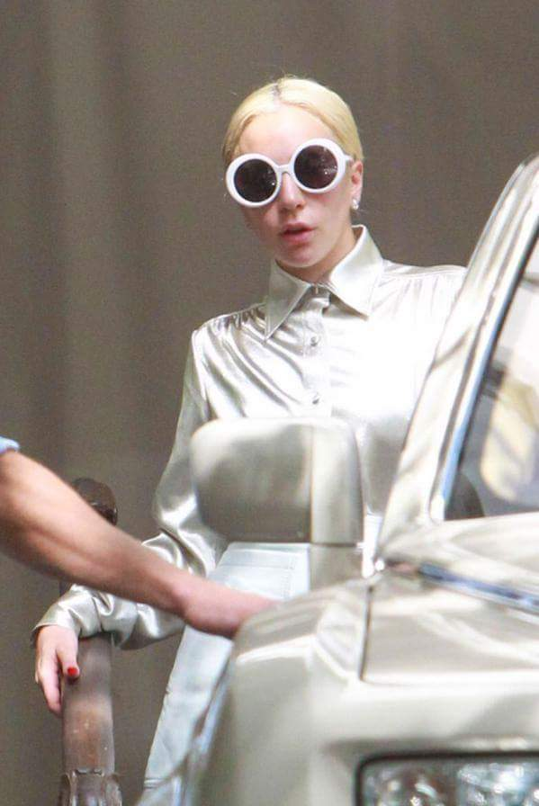 Gaga giving us some Chanel realness. http://t.co/m73fqPTrND