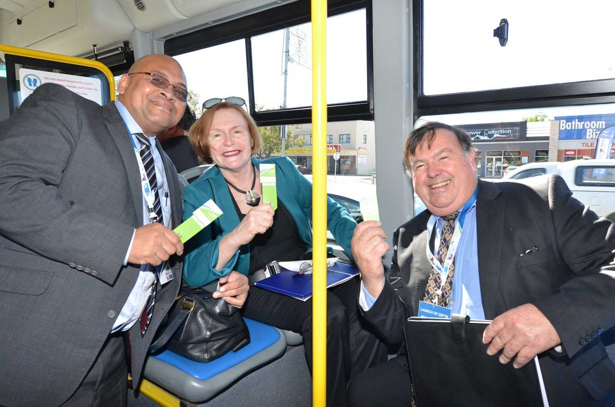 George Mayor Stander, Premier @helenzille and Minister Grant on the Go George bus today. #GoGeorgeLaunch