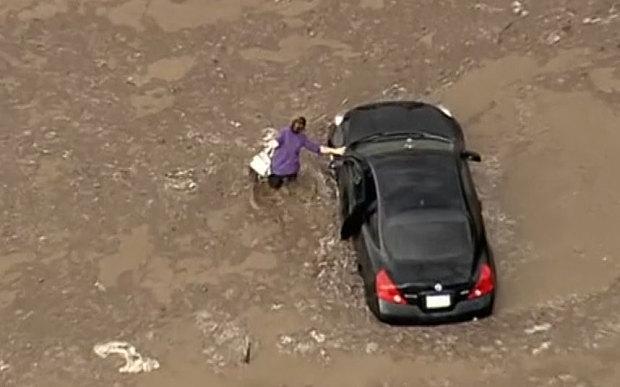Motorists stranded in massive California mudslide http://t.co/A7gJmBPuxd http://t.co/5AY1feVBUI