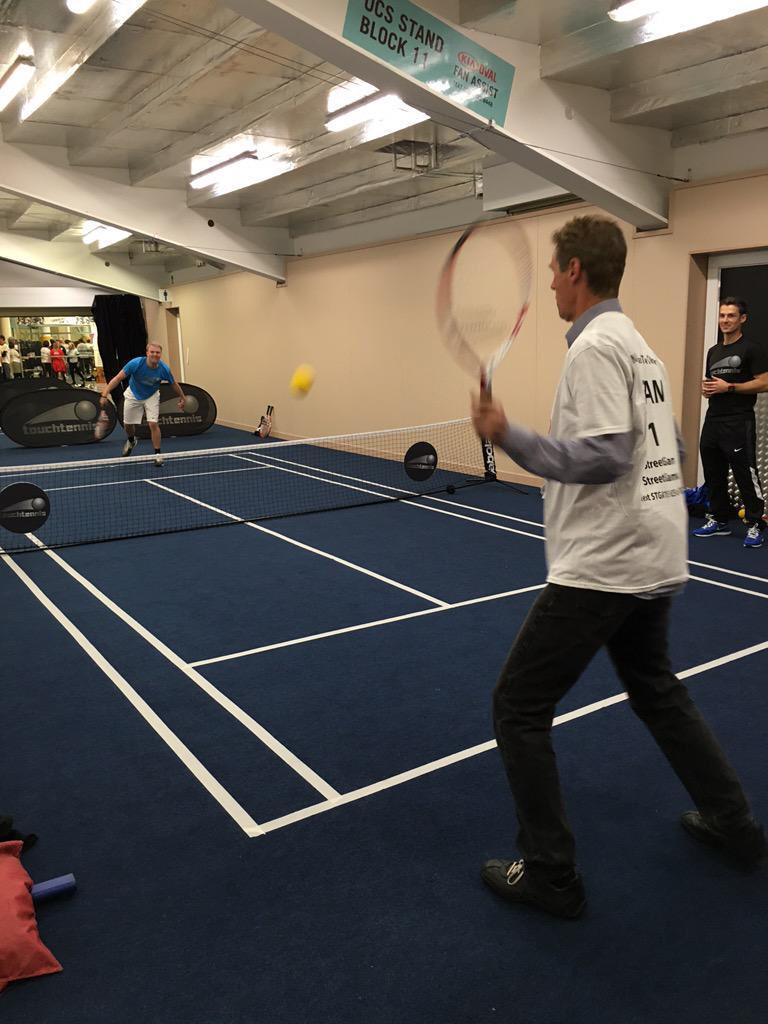 Come on Sir! You've played touch rugby; why don't you play touchtennis? @MayorofLondon http://t.co/18jy5qOi9B