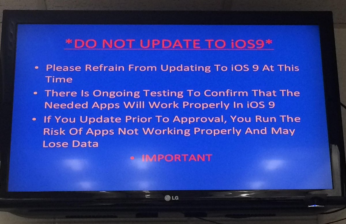 This is how one local high schl worked to prevent self-inflicted iOS9 update injury. #catholicedchat http://t.co/3hU2PRMMPW