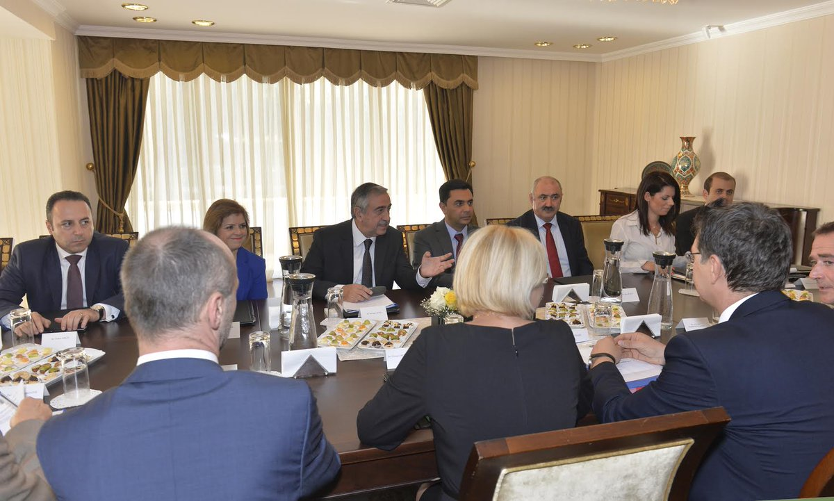 President AKINCI is currently receiving @CorinaCretuEU accompanied by their respective delegations. #CretuCY http://t.co/H4X3F747YU