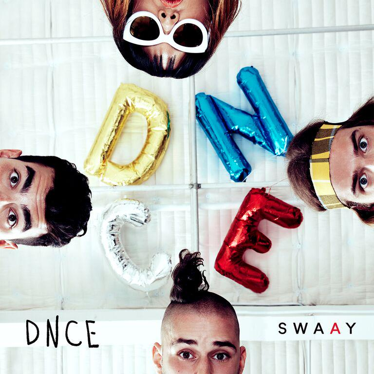 and my buddy @joejonas + @DNCE drop the video for #CakeByTheOcean: http://t.co/uXwUe4hAEe starring @FATJEW http://t.co/hKE2j4WvqD