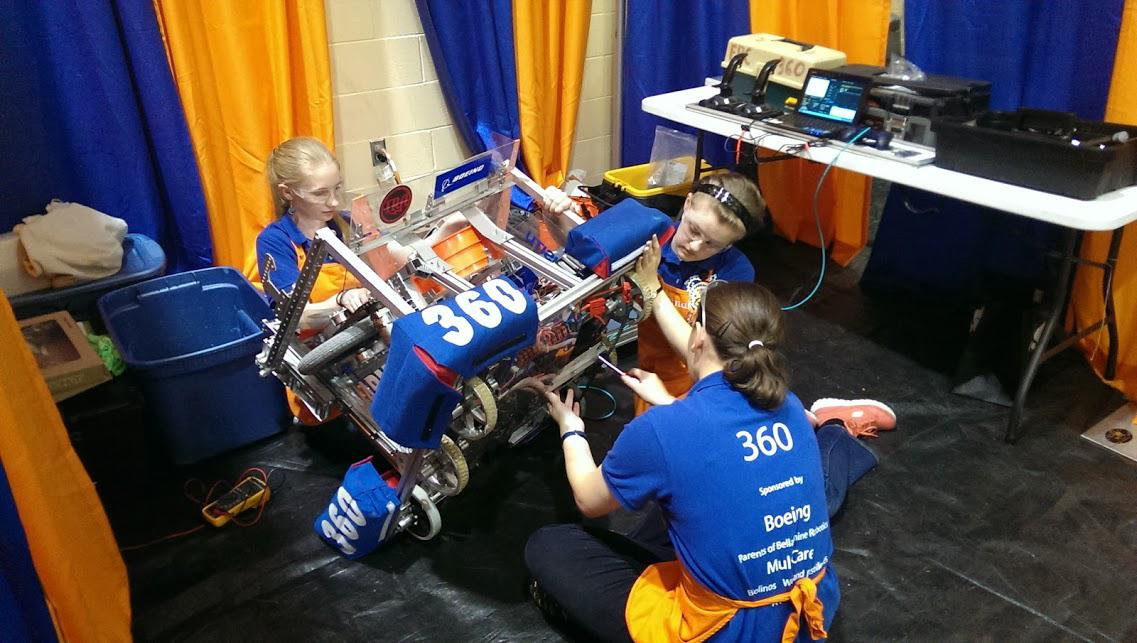 500 girls heading to Tahoma High School 10/17 for the Girls Gen Robotics Competition! Ready? #girlsinstemrock http://t.co/V1gfu1N878