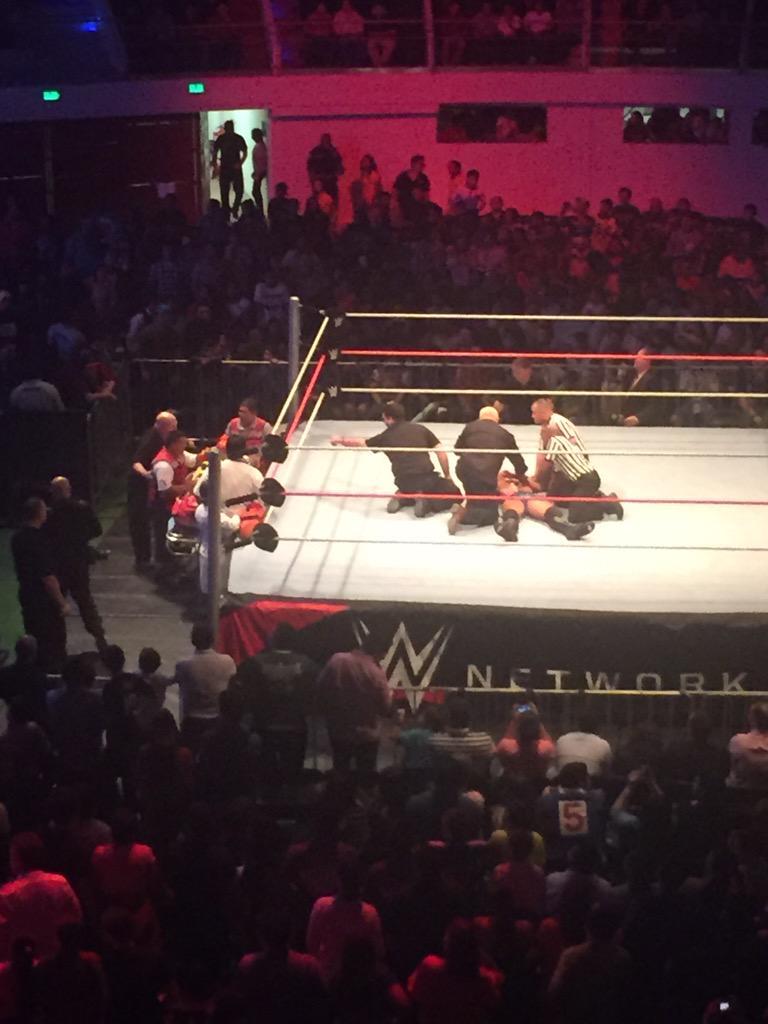 Суперстар WWE травмирован