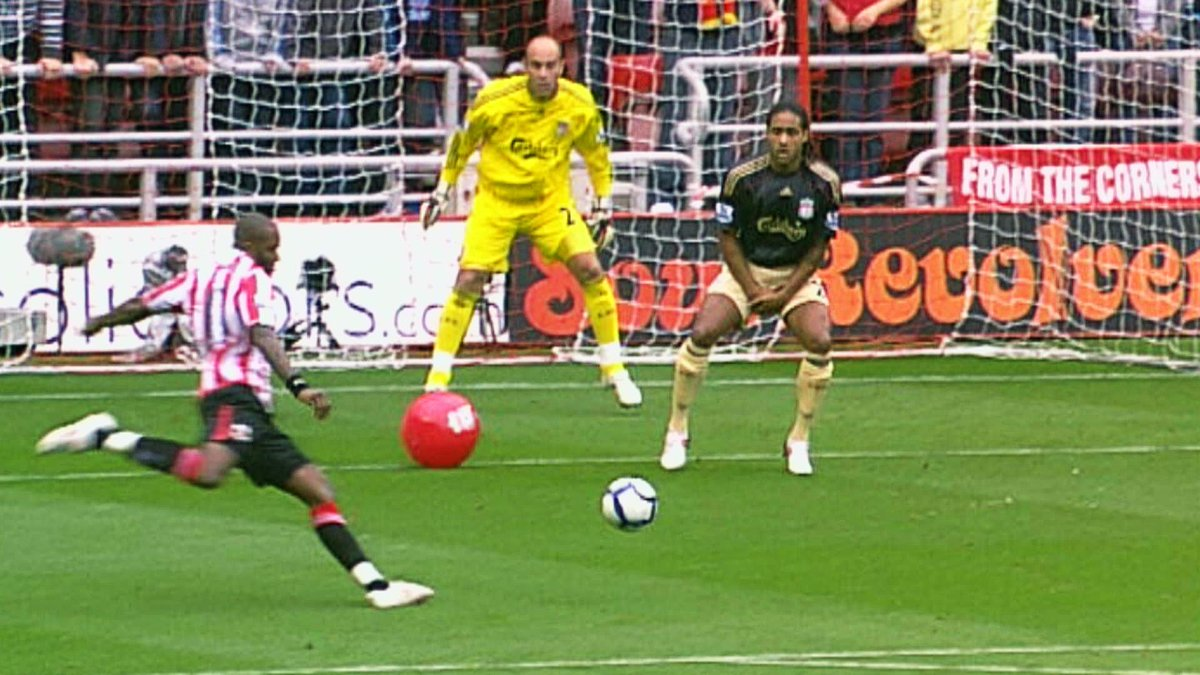 Sunderland Afc  F F  B E A Aa On Twitter Onthisday In  Darren Bents Infamous Beach Ball Goal Sealed A Memorable Win Over Liverpool Stadiumoflight