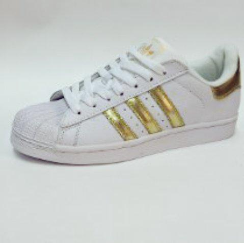 Superstar Adidas Doradas