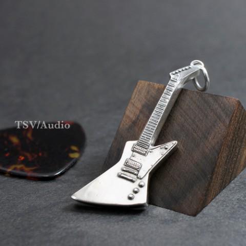 METALLICA好きにはたまらんな RT @vgvd 全てのMusic Lovers、ギターフリークに【TSV/Audio】ペンダントトップhttp://t.co/6EM3Vjs624 永遠に輝き続けるフレーズを胸に刻め! http://t.co/K2PQbDCYoL